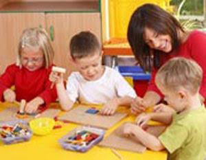 تشویق کودک به مستقل بازی کردن