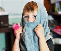 مشکلات لباس پوشیدن کودکان